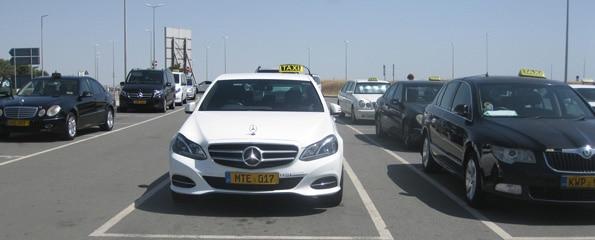 Taxi Larnaca Airport